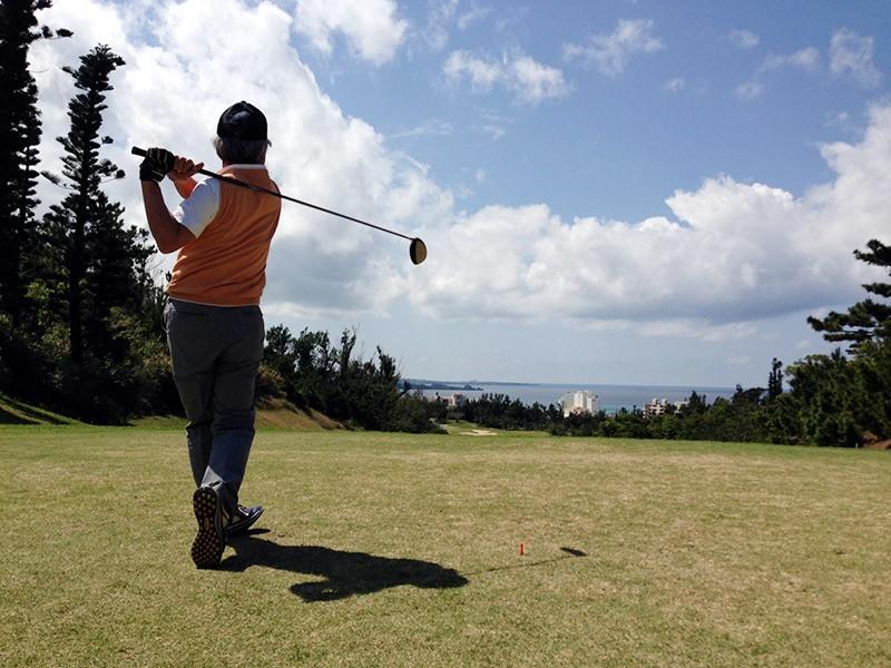 ゴルフなどのサポーター、スポーツコルセット