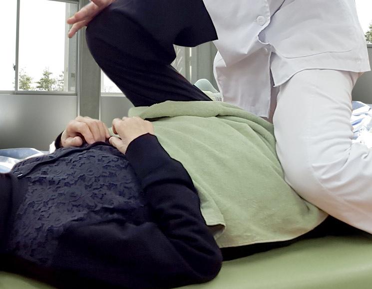 腰痛改善にリハビリ中